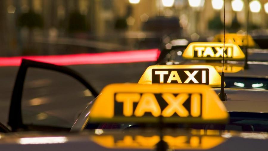 Агрегаторов такси лишат возможности устанавливать тарифы